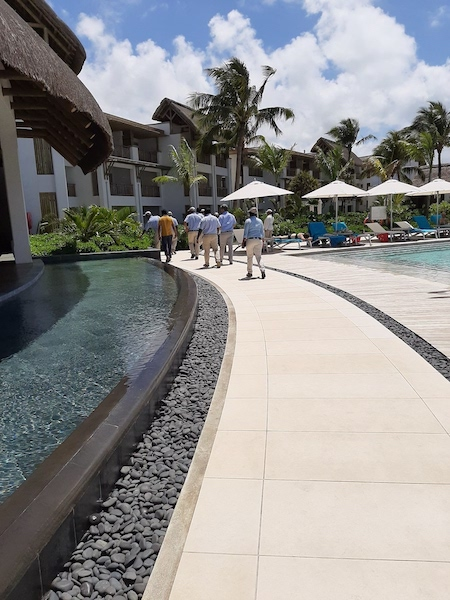 landscaping water walkway